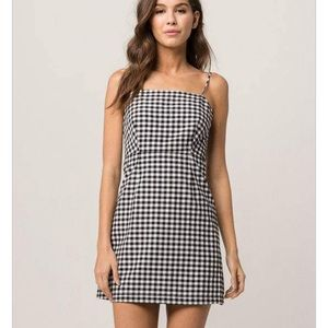 Ivy & Main - Gingham Dress